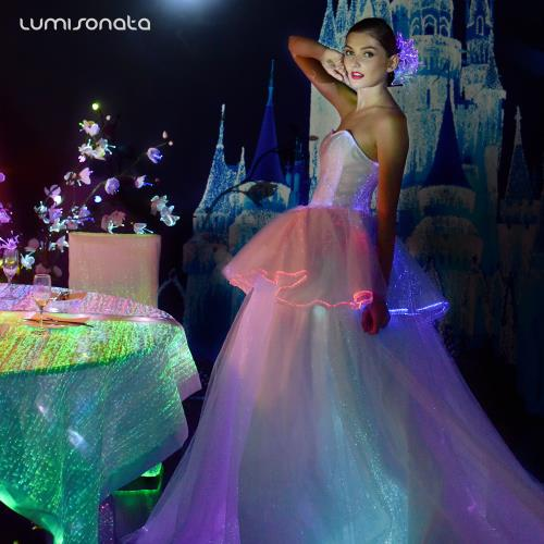 Yq 102 Luminous Bridal Banquet Dresses